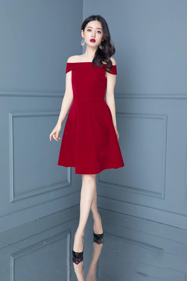 đầm dạ tiệc màu đỏ